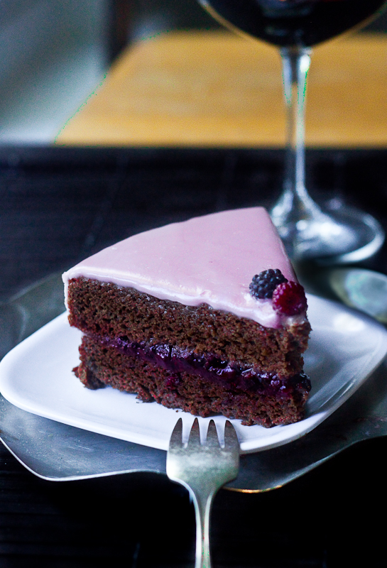 raspberry-chocolate-anniversary-cake-5
