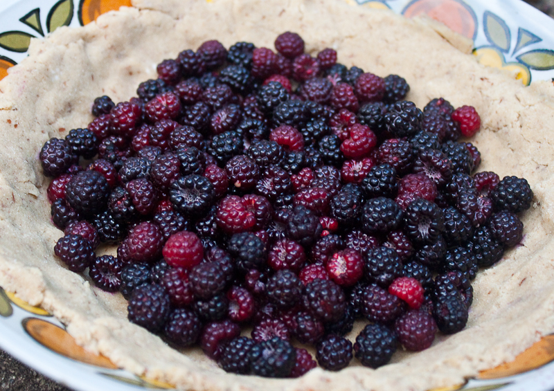 vegan-gluten-free-raspberry-pie-process-recipe