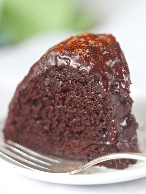 Dark Chocolate Chipotle Cake