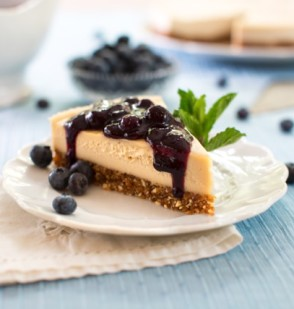 "Blueberry Cheesecake from ""Choosing Raw"""
